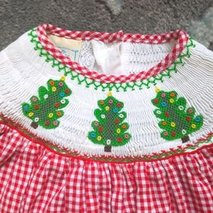❄️Smocked Christmas dress sz 2t